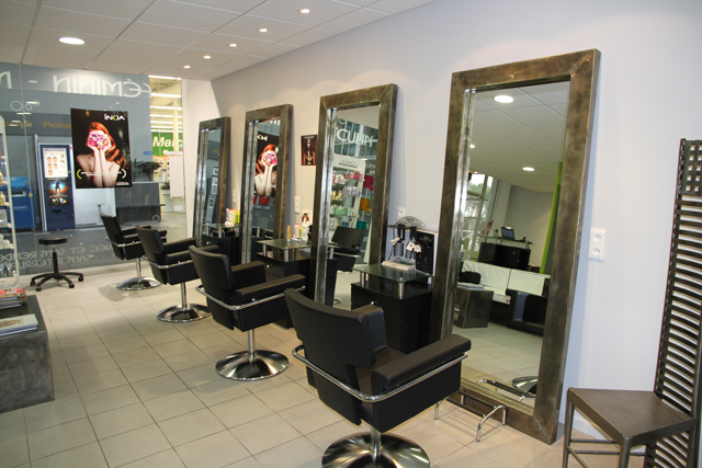 pr sentation du salon de coiffure linea coiffure accueil. Black Bedroom Furniture Sets. Home Design Ideas